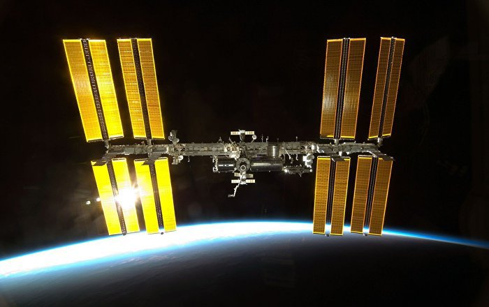 Transmission directe coupée par la Nasa: des ovnis ont-ils survolé l'ISS? (vidéo)