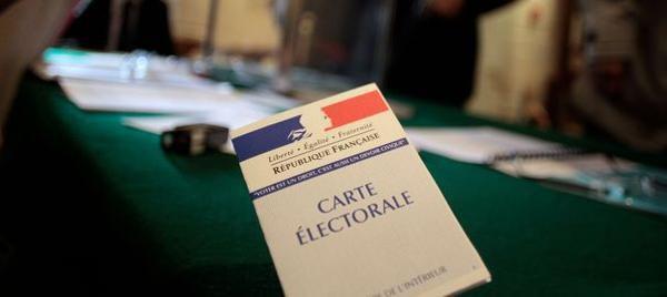 Les Français majoritairement opposés au droit de vote des étrangers