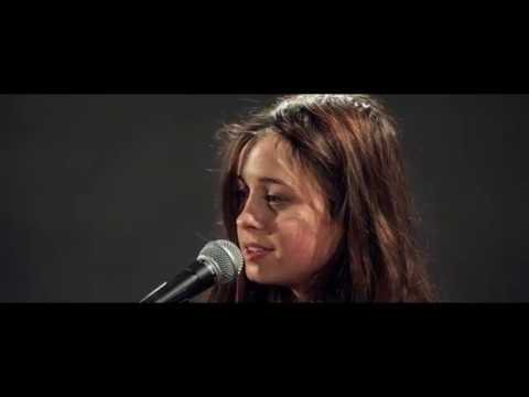 Leïla Huissoud - Dix Pour Cent - YouTube