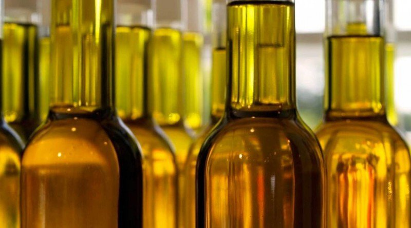 Here is How To Recognize if Your Olive Oil is Fake - Healthy Food Society
