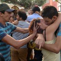 Kiss-in géant à Rabat: les baisers qui divisent le Maroc - RTBF Societe