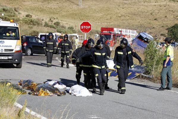 Twitter / el_pais : Imagen tras el accidente en ...