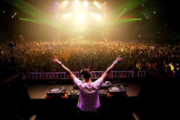 DJ Steeven | Facebook