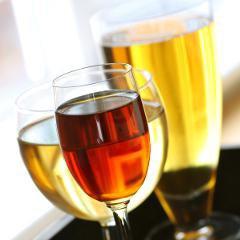 Combien y a-t-il de calories dans l'alcool (bières, vins, vins fortifiés, spiritueux, digestifs)?