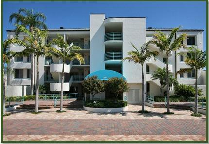 Beach front condominiums Naples - Homepage
