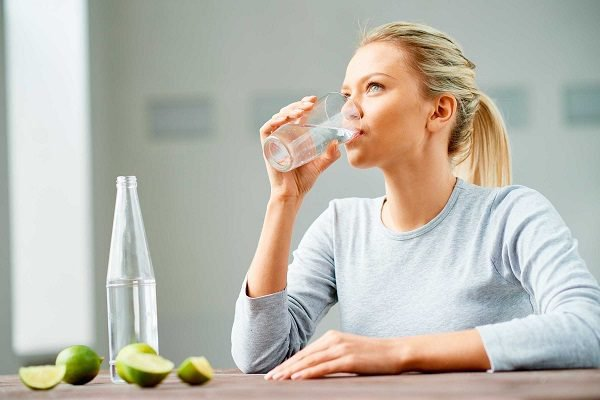 Why it is not Recommended to Drink Water While Eating - Health Fitness Care