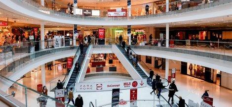 Pour éviter le pass sanitaire, les centres commerciaux proposent de vacciner les Français