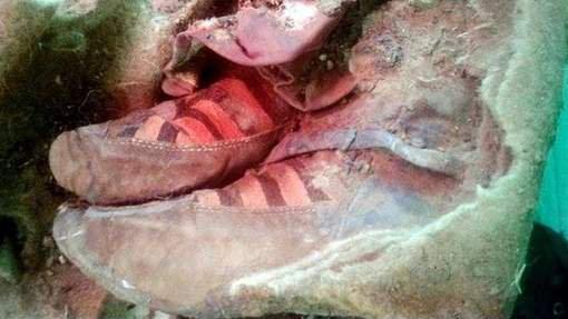 """""""Une momie vieille de 1.500 ans porte des chaussures Adidas"""""""
