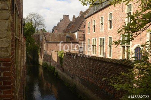 """""""Béguinage de Leuven"""" photo libre de droits sur la banque d'images Fotolia.com - Image 145882722"""