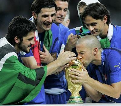 La Squadra Azzura Championne du Monde 2006  (l) (l) (l)