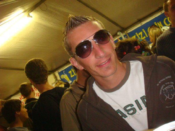 Le 15 aout 2008 ac les lunettes de ju.