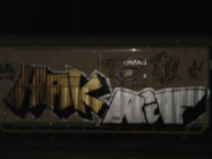 HAK & RIF LE TOSS