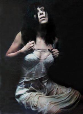Candice, pour le clip de Crucifère
