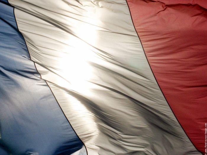 Française & Fiére