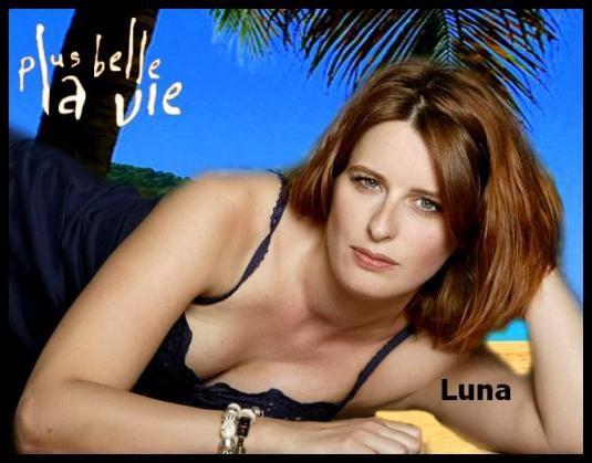 Luna Torres - 34 ans - Vendeuse et gérante d'une boutique