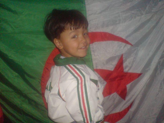 Yesser, Vivi L'Algerie A La Vie A La Mort