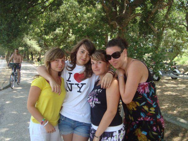 Auréliie,Léa,Angèle&Mouah