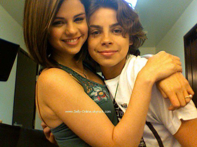 Selena et Jake T Austin