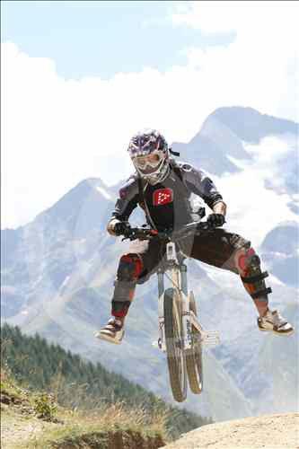 DH aux Deux Alpes