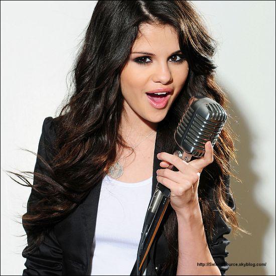 L'idole : Selena Gomez (L)