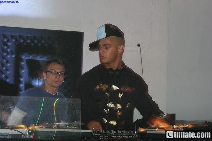 DJ MCB !!