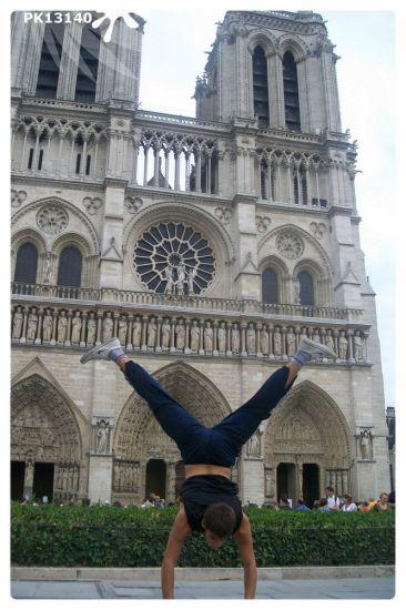 Equilibre à Paris Notre Dame ( Adrien )