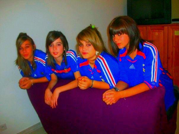 Aude , Manoou , Léna &é Saraah . ♥