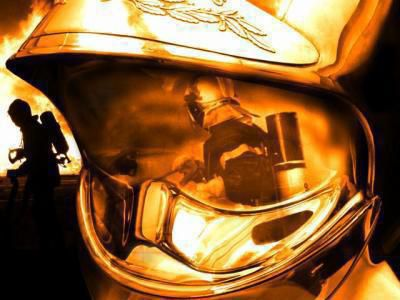 #' pompiier dans la peau #'