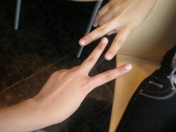 ces ma main avec mon amie