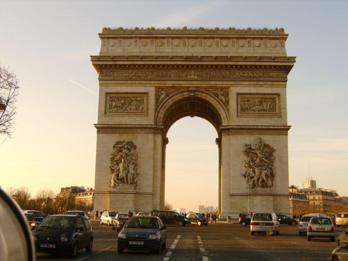 Les Champs Elysées a paris