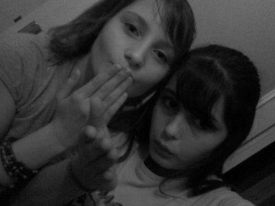Noemiie && Aliciia (Y)