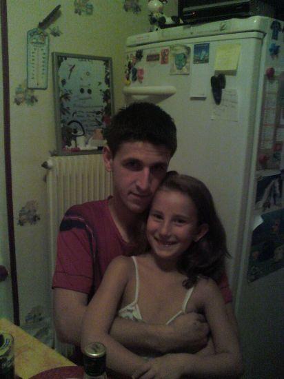 mon beau frere damien en compagnie de ma fille
