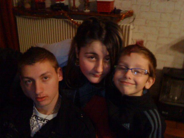 sister & c0uzins