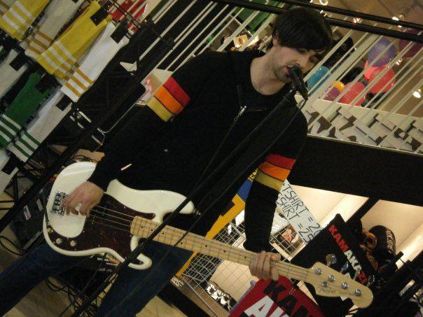 Gab Prevost - Bassiste / Choeur : 22 ans
