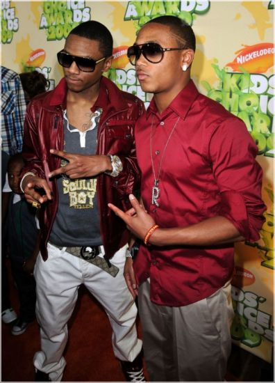 Soulja & Romeo.. Oulala attention les yeux.. 8)