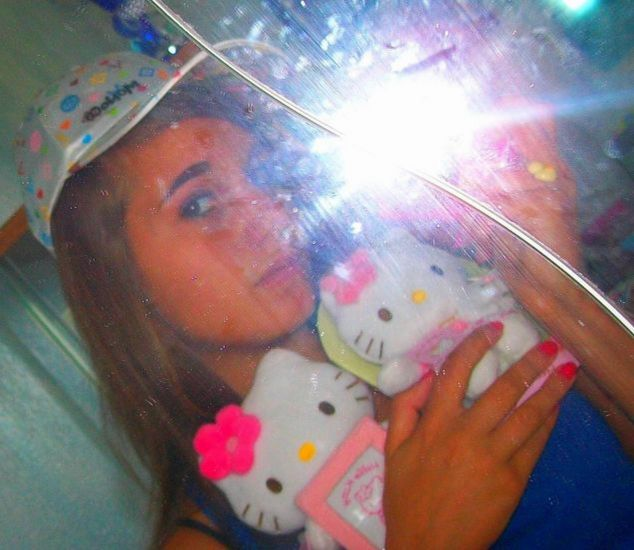 Hello Kitty ♥ .