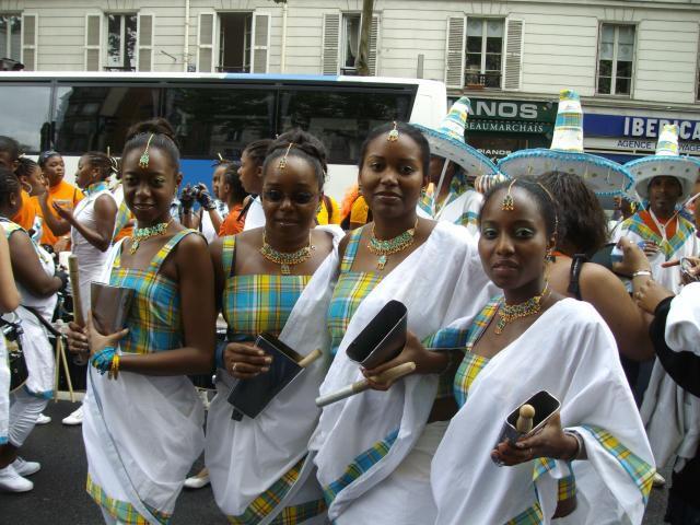 Section CLOCHE carnaval de paris 2008