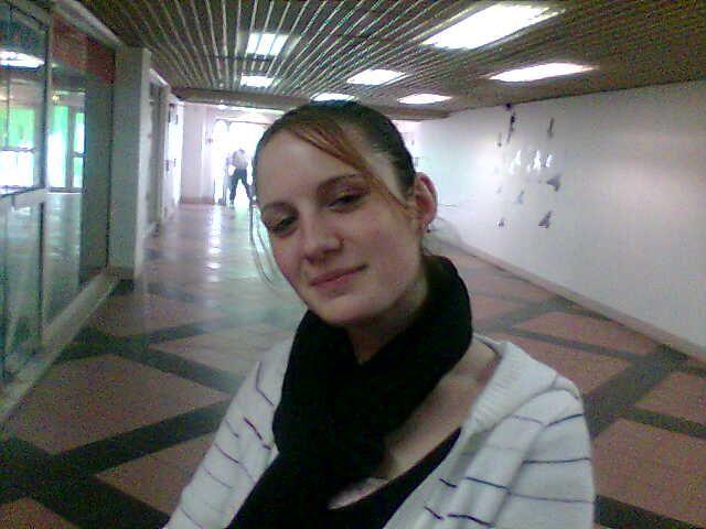 Anne-Sophie une tres bonne amie qui me manque,on RigolerBien