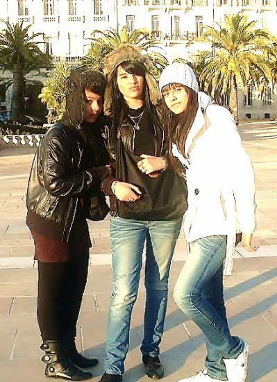 SARAH , MOA & CHAYMAA  (l)