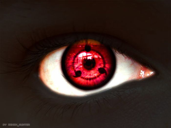 mon oeil qui vois en rouge ^^