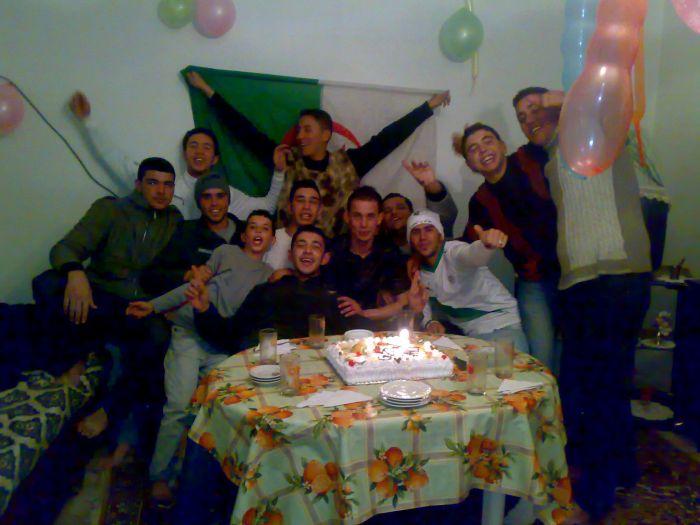 Holiday naissance zakari
