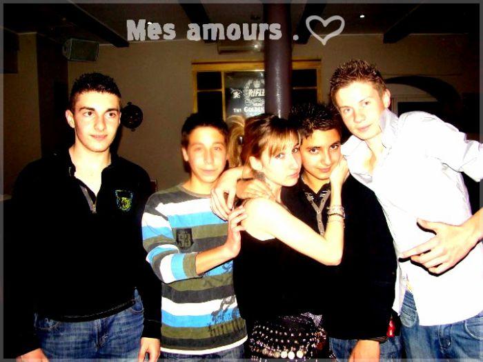 Encore Mes Amours <3.