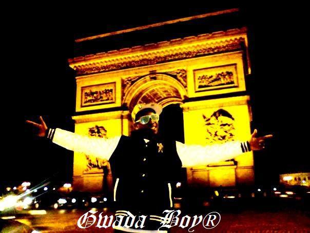 Au Champs-Elysée la famille ! ^^