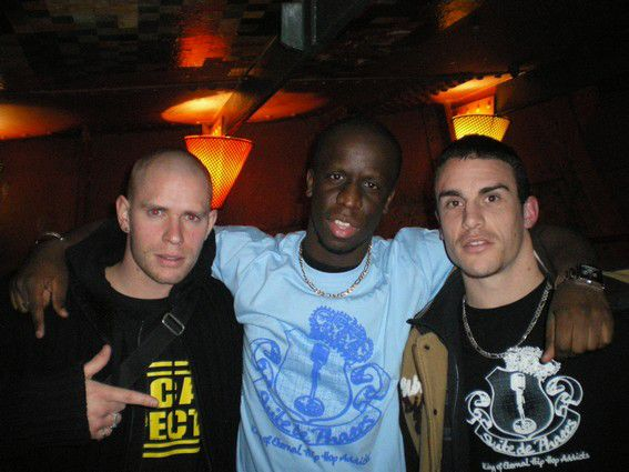 White ,Youssoupha & Flakes