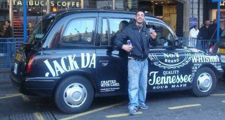 ptite Jack.D ds la poche, dc Jack.D en auto-london!! looool