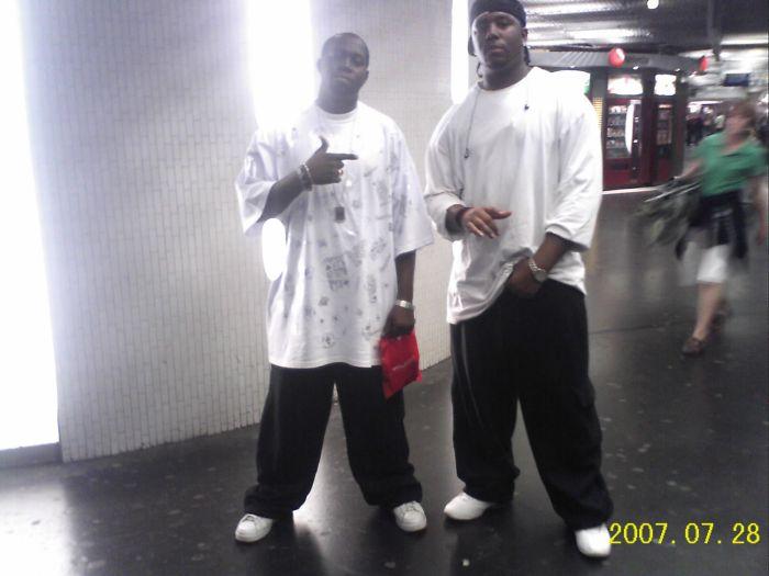 encore nous en mode hip hop t1kiete
