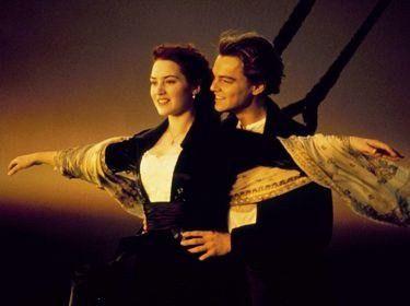 sa c titanic mon film prefere et je pleure a sake fois :'(