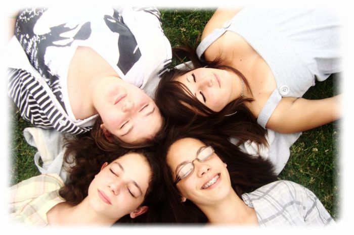 Léa, Ameline, Caroline & Moi. * 2010.06.17 *