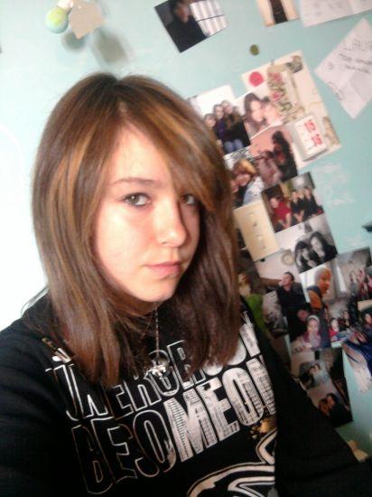 moi avec les cheveux lisse :)
