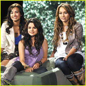 Demi+ Selena & Miley